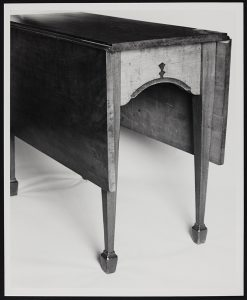 Image of Dining table, ca 1790-1810. John Shearer maker. Private collection. Photo courtesy of MESDA.